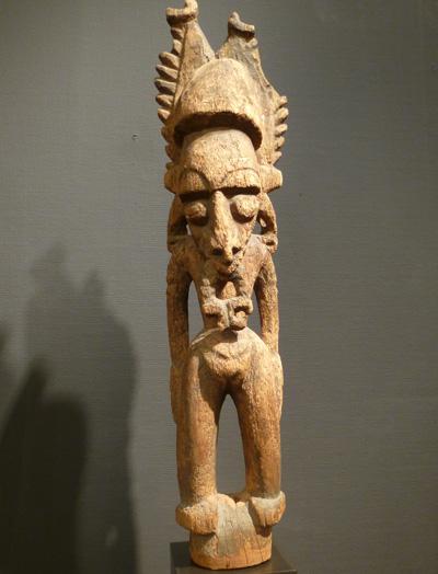 Papua-figure400