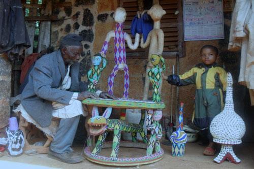 Le-sculpteur-Paul-Tabhou