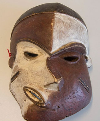 Picasso-Pende-Mask-Fake