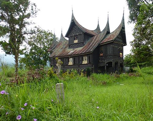 Maison-minangkabau