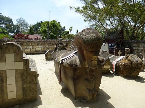 Tomok-sarcophage