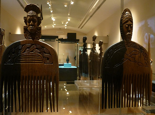 10-african-comb