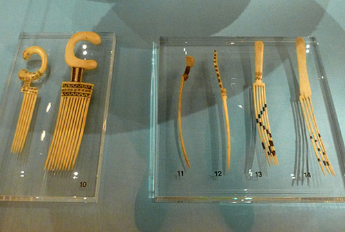 15-african-comb
