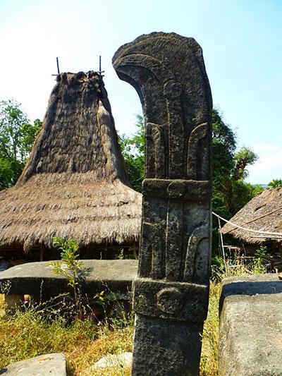 Waiwuli-pierre