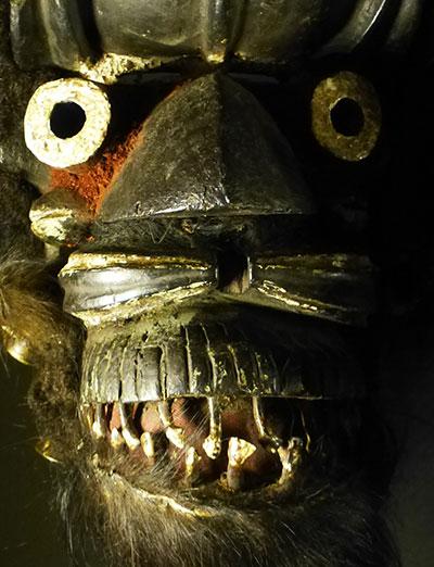 Dapper-we-kran-mask