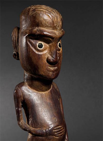 Rapa-nui-sculpture