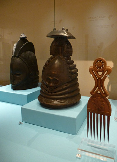 1-african-comb