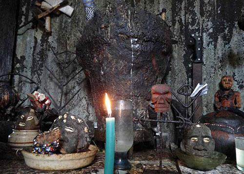 Kerestetzi-autel