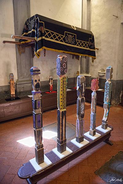 Mostra-filippo-biagioli-dalla-terra-degli-spiriti-alla-terra-delle-origini-arte-tribale-a-serravalle-pistoiese-foto-di-luca-bertinotti