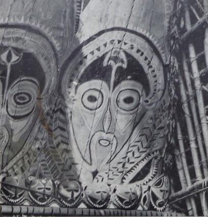 Heilige-bildwerke-aus-neuguinea