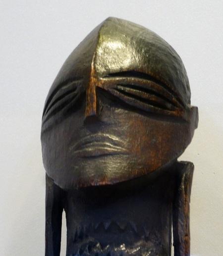 Hunterian-museum-aitukaki-figure